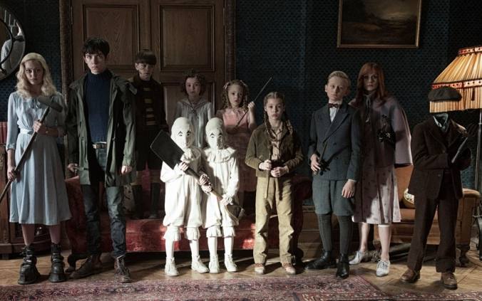 miss-peregrine-cast-film-movie